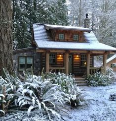 Rebbecca used Pioneer Log Siding on the exterior of her charming little log cabin that she built herself. home exterior, Rebbecca's Cabin in Winter Little Log Cabin, Little Home, Small Log Cabin Plans, Log Siding, Plans Architecture, Off Grid Cabin, Cabin In The Woods, Cabin On The Lake, Log Cabin Homes