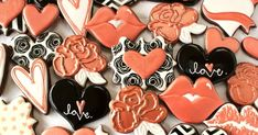 How do I make rose gold colored frosting or icing? - a cookie decorating tutorial for rose gold icing and airbrush spray. Valentines Sweets, Valentine Cookies, Birthday Cookies, Love Valentines, Butterfly Birthday, Gold Birthday, Butterfly Cookies, Coloured Icing, How To Make Rose