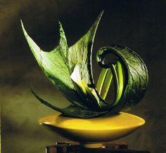 1 a allien Provence, Sogetsu Ikebana, House Fan, Garden Club, Arte Floral, Floral Arrangements, Flower Arrangement, Minimalist Design, Marie