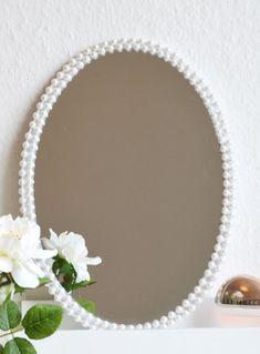 DOITYU.de » DOITYU.de – Dein Portal für Do-it-Yourself Ideen & Tipps! Werde Teil einer kreativen Community, teile deine DIY Anleitungen und lasse dich inspirieren… » Perlen oder Seil – Rahmen für alten Spiegel basteln!