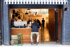 Hommie: The Little Mule Cafe + Bike Store Cafe Bar, Cafe Bistro, Cafe Shop, Cafe Restaurant, Restaurant Design, Restaurant Interiors, Restaurant Ideas, Coffee Shop Design, Cafe Design