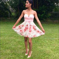 Flirty Floral dress Beautiful strapless sweetheart neckline floral dress Dresses Strapless