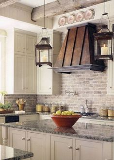 kitchen design ideas What is new in kitchen decoration? The answer is a farmhouse kitchen design. No doubt it becomes the most favorite kitchen design because it will make you comf Tuscan Kitchen, Home Decor Kitchen, Kitchen Trends, Kitchen Vent, Farmhouse Kitchen Backsplash, Brick Backsplash Kitchen, Rustic Kitchen Cabinets, Shabby Chic Kitchen, French Country Kitchens