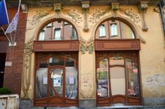 Toulouse Art Nouveau fasade