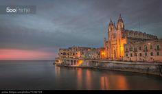 St. Julian by night - Foto