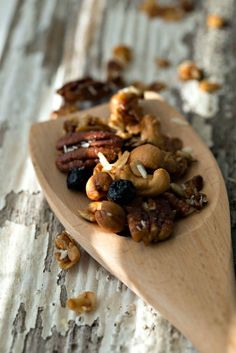 Deluxe Honey Sweet Granola - Intentional Hospitality