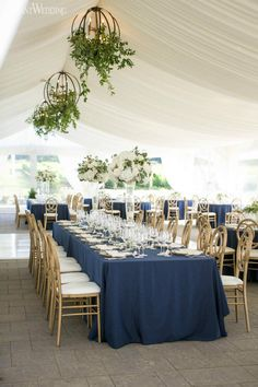Brides looking to combine the freshness of the outdoors with classic details nee… wedding – Outdoor Wedding Decorations 2019 Anemone Wedding, Lilac Wedding, Elegant Wedding, Fall Wedding, Wedding Vintage, Wedding Bouquet, Trendy Wedding, Wedding Cake, Wedding Flowers