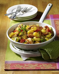 Zucchini, Clean Recipes, Healthy Recipes, Kung Pao Chicken, Potato Salad, Potatoes, Meat, Vegetables, Ethnic Recipes