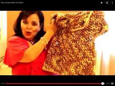 Saco cerrado tejido con dedos Excelentes videos de Laura Cepeda, mexicana que teje crochet con los dedos, todo es bellisimo.