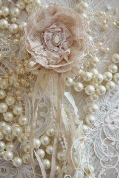 pearls & vintage