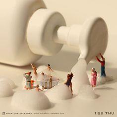 A surreal miniature world. miniature photography - small world and tiny people: Macro Fotografie, Fotografia Macro, Creative Photography, Art Photography, Photo Macro, Miniature Calendar, Miniature Photography, Tiny World, Mini Things