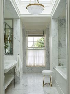 :: Havens South Designs :: loves the sky light and corridor bath design by Nicholas Haslam Design