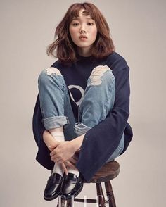 Lee Sung Kyung - Elle Magazine Februar-Ausgabe - K fashion - Fashion Book