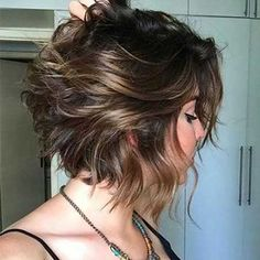 Latest Best Short Hairstyles, Haircuts & Short Hair Color Ideas Trendy Messy Bob Hairstyles and Haircuts, 2019 Female Short Hair Ideas Textured Bob Hairstyles, Stylish Short Haircuts, Haircuts For Wavy Hair, Messy Bob Hairstyles, Best Short Haircuts, Easy Hairstyle, Pixie Haircuts, Trendy Hairstyles, Hairstyle Ideas
