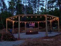 DIY Firepit Pergola for Swings (Instructions + Diagrams) – Remodelaholic Cool Backyard Ideas, Diy Backyard Fence, Backyard Greenhouse, Fire Pit Backyard, Backyard Projects, Backyard Landscaping, Diy Projects, Pergola Swing, Outdoor Pergola