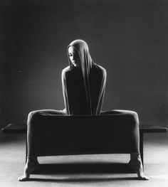 Martha Graham, Lamentation...learing about her in my dance/history classes!
