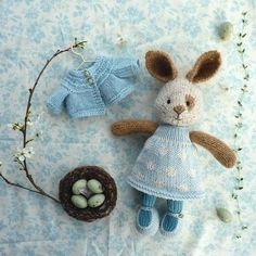 Bunnyspring Toys Patterns little cotton rabbits Little Cotton Rabbits cotton rabbits free knitting Knitted Bunnies, Knitted Animals, Crochet Bunny, Knitted Dolls, Crochet Toys, Cotton Crochet, Free Knitting, Baby Knitting, Knitting Patterns