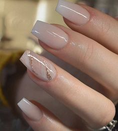 54 Beautiful and romantic nail art design ideas - mix-matched neutral nails, nud. - 54 Beautiful and romantic nail art design ideas – mix-matched neutral nails, nude nails ,nail acr - Gorgeous Nails, Pretty Nails, Cute Simple Nails, Perfect Nails, Coffin Nails Designs Summer, Summer Nail Designs, Romantic Nails, Bridal Nail Art, Nagel Blog