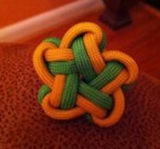 FREE pictorial on Facebook: Star knot with one cord  --BY-- Dman Mcq  on https://www.facebook.com/photo.php?fbid=130180177148003=o.194548893899579=1=1