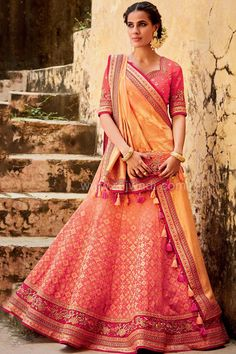 Online shopping for indian wedding and bridal lehenga choli in latest designs. Buy this snazzy jacquard silk lehenga choli for sangeet and wedding. Ghagra Choli, Bridal Lehenga Choli, Indian Lehenga, Silk Lehenga, Anarkali Frock, Indian Bollywood, Indian Wedding Outfits, Indian Outfits, Western Outfits