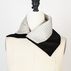 Black and Creme Scarf Scarflette Collar by Felinus on Etsy