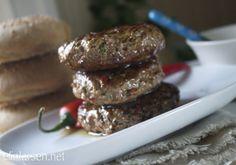 Saftig chiliburger med sprøstekt bacon | Elin LarsenElin Larsen