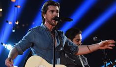 Can spanish-only #Music stars achieve crossover success? http://nbcnews.to/1Ax3H5l