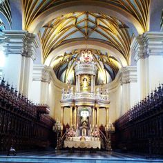 Altar mayor de la Catedral de Lima