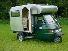 If I could get the back more rounded, like an Avion truck camper or an Airstream, I would be cooking with petrol. Maybe even beef up the tires. Vintage Trailers : Photo