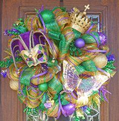 Deluxe Deco Mesh MARDI GRAS Wreath van decoglitz op Etsy, $145.00