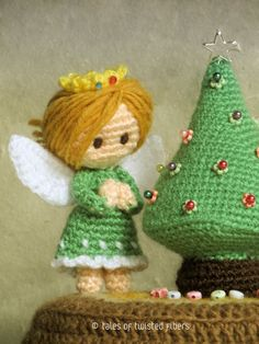 Miniature-Christmas-Tree-&-Angels--Tales-of-Twisted-Fibers