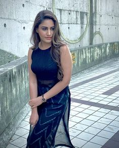 Surbhi Chandna, Indian Princess, Indian Star, Indian Tv Actress, Cute Poses, Tv Actors, Hair Color For Black Hair, Black Suits, Celebrity Outfits