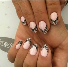 Laces nails pink