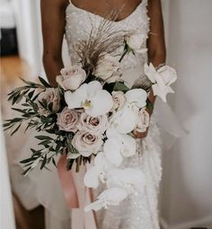 This bouquet is so gorgeous - orchids and blush pink roses sit beautifully together 💕 White Orchid Bouquet, Orchid Bouquet Wedding, Pink Bouquet, White Orchids, Bride Bouquets, Bridal Flowers, Rose Wedding, Floral Wedding, Orchid Wedding Theme