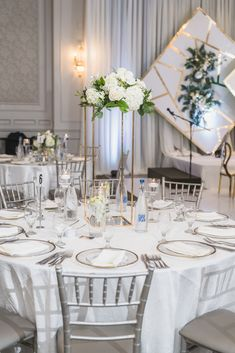 Nigerian Weddings, Toronto Wedding, Luxury Wedding, Summer Wedding, Wedding Planner, Table Settings, Table Decorations, Elegant, Couples