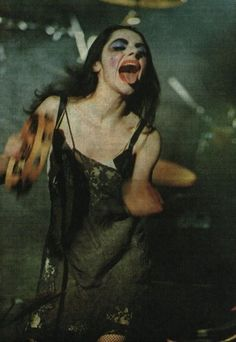 PJ Harvey PJ Harvey The Effective Pictures We Offer You About Music Artists beautiful A quality picture can tell you many things. You can find the most beautiful pictures that can be presented to you Riot Grrrl, Photo Rock, Mazzy Star, Grunge, New Wave, Punk Rock, Music Artists, Rock N Roll, Pixie
