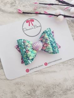 Your place to buy and sell all things handmade Handmade Hair Bows, Diy Hair Bows, Diy Bow, Ribbon Hair, Baby Girl Hair Accessories, Wedding Accessories, Toddler Hair Clips, Mermaid Shell, Glitter Hair