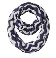 Loving this chevron scarf!