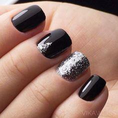 black-nails-cool-ideas-silver-glitter-tr