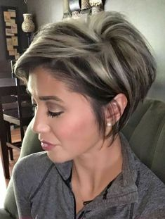 Short Hairstyles For Women, Easy Hairstyles, Short Haircuts, Pixie Bob Haircut, Stacked Haircuts, Long Pixie Hairstyles, Haircut Styles For Women, Bob Haircuts For Women, Halloween Hairstyles