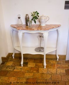 Console à dessus marbre Home Staging, Entryway Tables, House, Furniture, Design, Home Decor, Cage, Photos, Diy