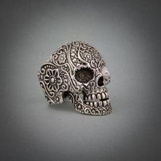 Tete de Mort Perles Chic Pierre Brun Howlith Skull Head Rockabilly Strang 40 cm