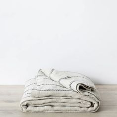 You'll love the beautiful heavyweight Mira Linen Bedcover in Ana. A simple woven texture and gorgeous heavy drape. The perfect topper on your bed. Use as a summer blanket or extra layer in winter. Linen Bedroom, Linen Bedding, Master Bedroom, Neutral, Red Bedding, Luxury Bedding, Linen Storage, Bedding Storage, Simple Bed