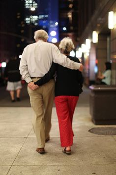 25 Most Romantic Stories and Photos From 'Humans of New York' (via @HowAboutWe)