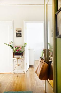 Answer This Question to Find the Perfect Apartment   Apartment Therapy