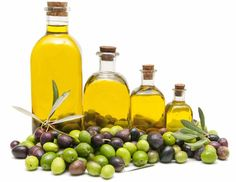 There are innumerable health benefits of olive oil. Olive oil is made from fresh olives and its becoming popular all over the world. Home Remedies For Dandruff, Home Remedies For Hair, Natural Remedies, Natural Lifestyle, Healthy Lifestyle, Lifestyle Blog, Olives, Olive Oil Benefits, Olive Oil Hair