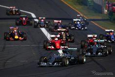 【F1 オーストラリアGP】王者ハミルトン、開幕戦を制する…ホンダはバトンが11位完走 http://dlvr.it/8yzMdl #responsejp