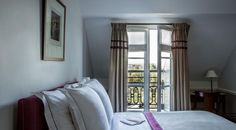 Rooms with an exception view of the monuments of Paris Jardin Des Tuileries, France Art, Surface Area, Paris Hotels, Free Wifi, Antique Furniture, Brighton, Layout, Room