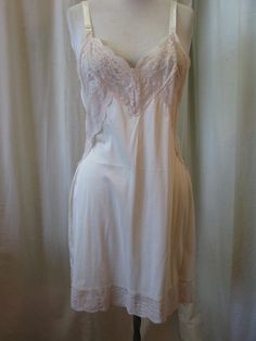 60's/70's nylon slip in pale champagne color