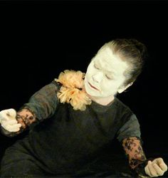 natsu nakajima - Danza Butoh,  en México